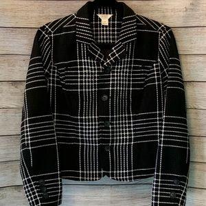 Trendy black and white petite tweed blazer